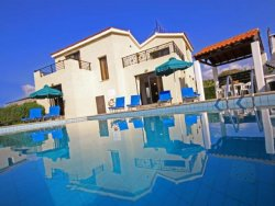 Kissonerga Beachfront